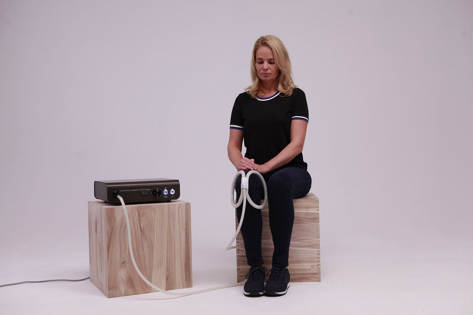 teslafit pro pemf therapy device knees butterfly coil